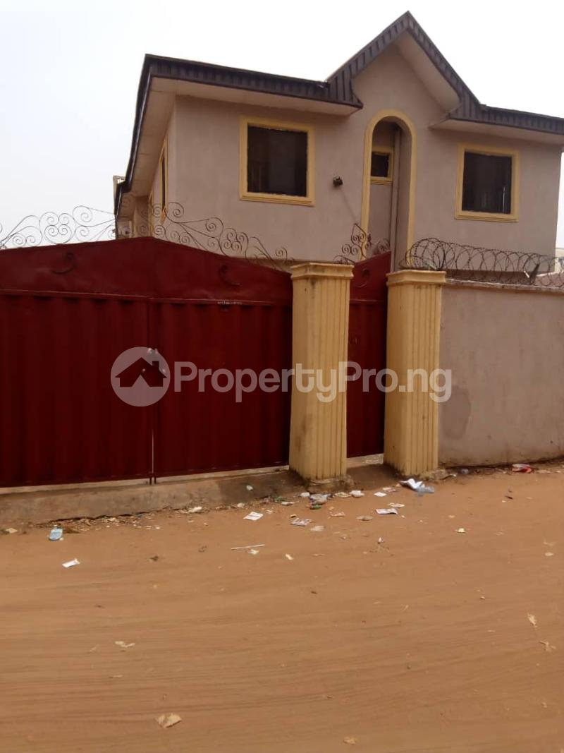 10 bedroom House for sale Aniocha south Asaba Delta - 1