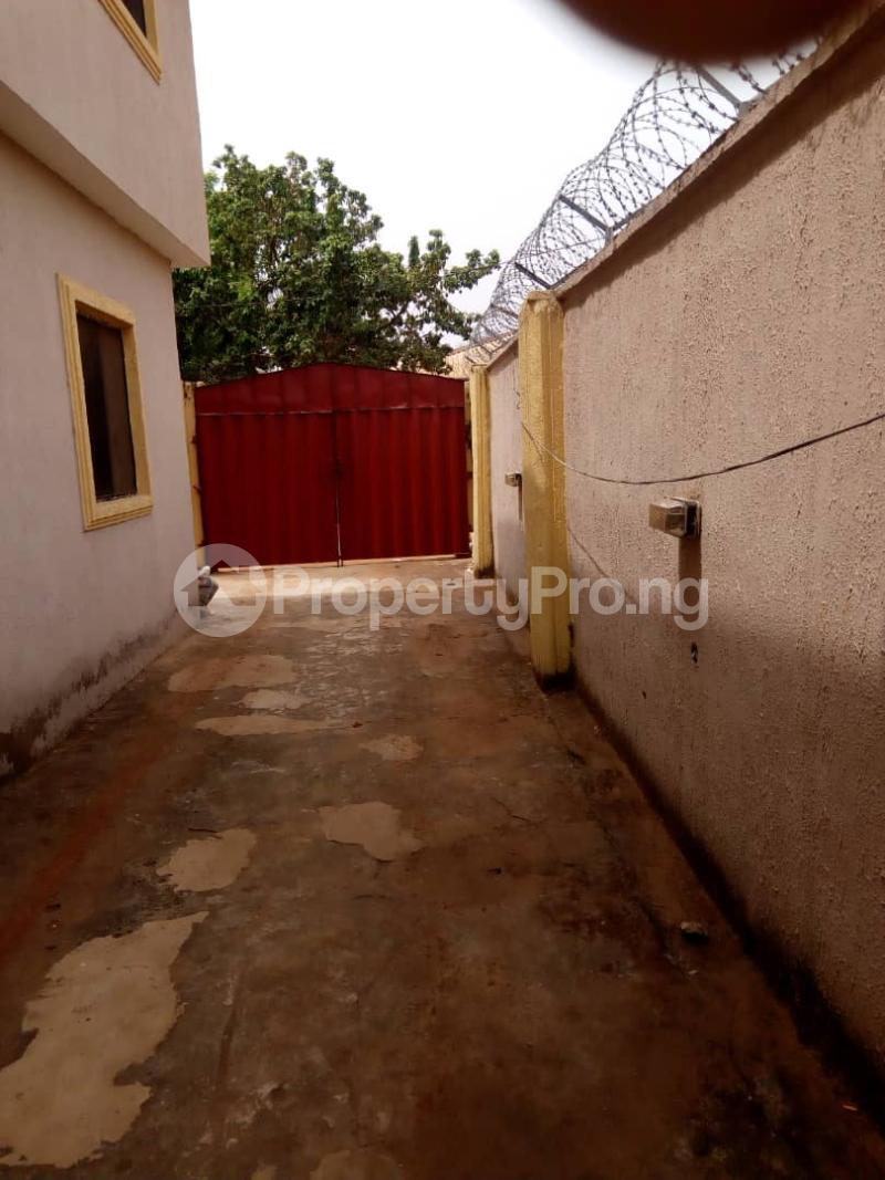 10 bedroom House for sale Aniocha south Asaba Delta - 2