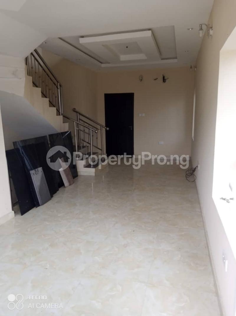 3 bedroom Terraced Duplex House for rent Atunrase Medina Gbagada Lagos - 13