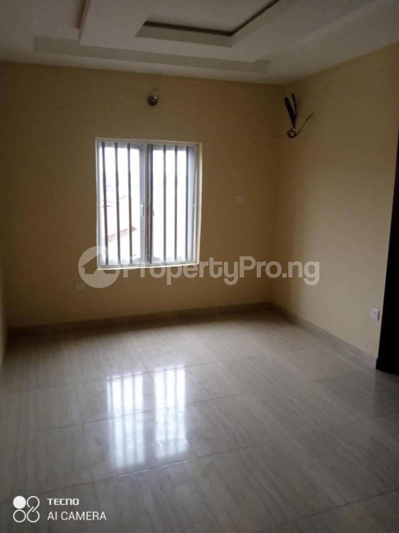3 bedroom Terraced Duplex House for rent Atunrase Medina Gbagada Lagos - 6