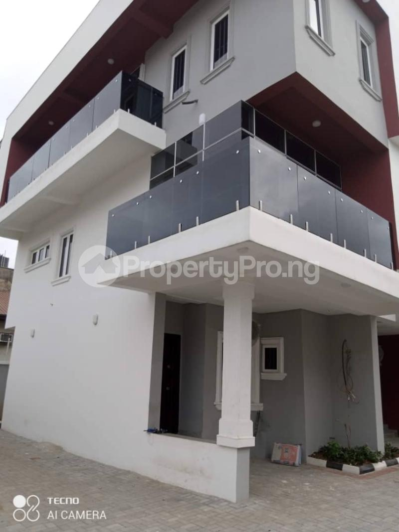 3 bedroom Terraced Duplex House for rent Atunrase Medina Gbagada Lagos - 11