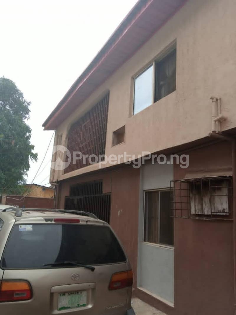 3 bedroom Penthouse Flat / Apartment for sale Ajao estate Airport Road Oshodi Lagos - 6