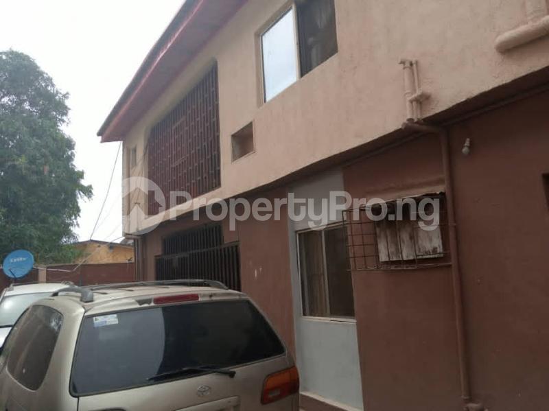 3 bedroom Penthouse Flat / Apartment for sale Ajao estate Airport Road Oshodi Lagos - 7