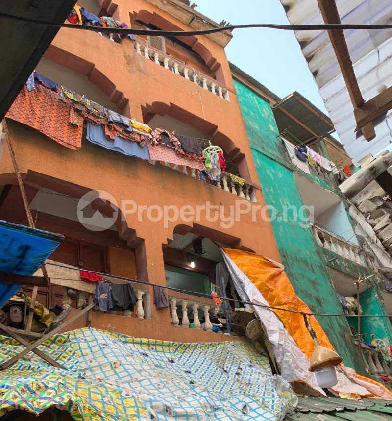 House for sale Off Balogun market  Lagos Island Lagos Island Lagos - 5