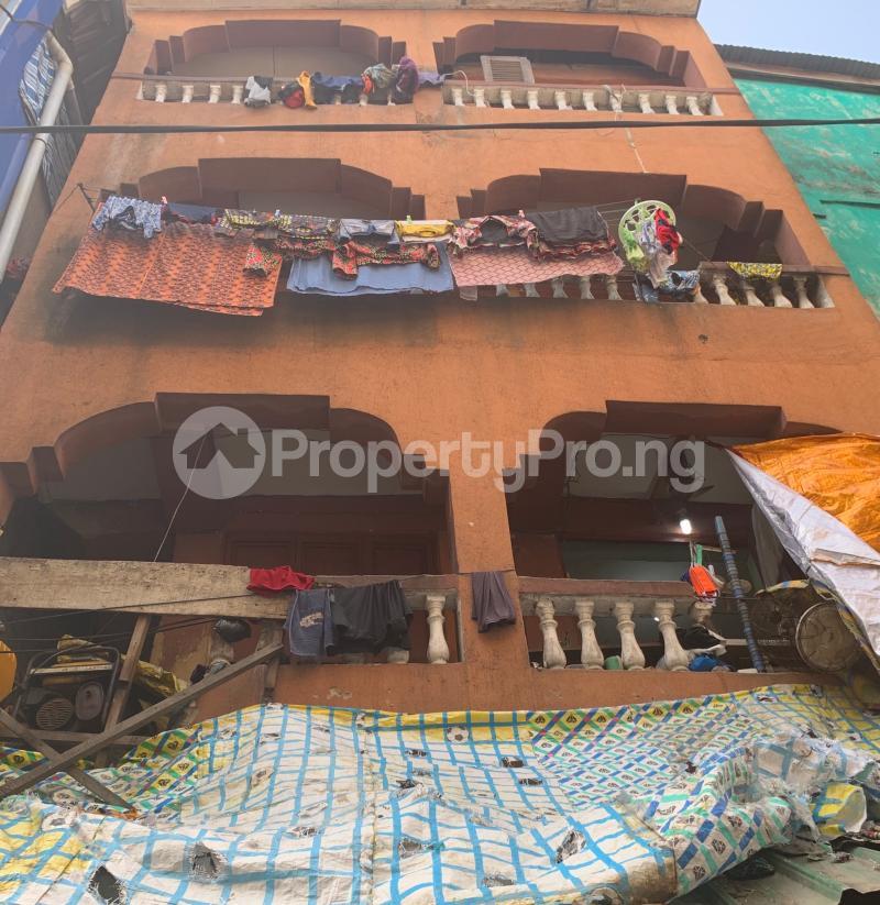 House for sale Off Balogun market  Lagos Island Lagos Island Lagos - 1