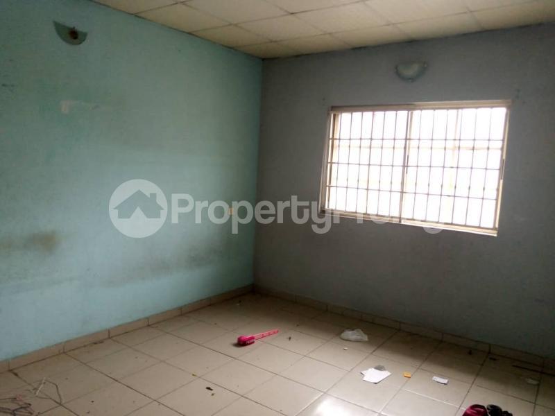 3 bedroom Flat / Apartment for sale Millennium Millenuim/UPS Gbagada Lagos - 5