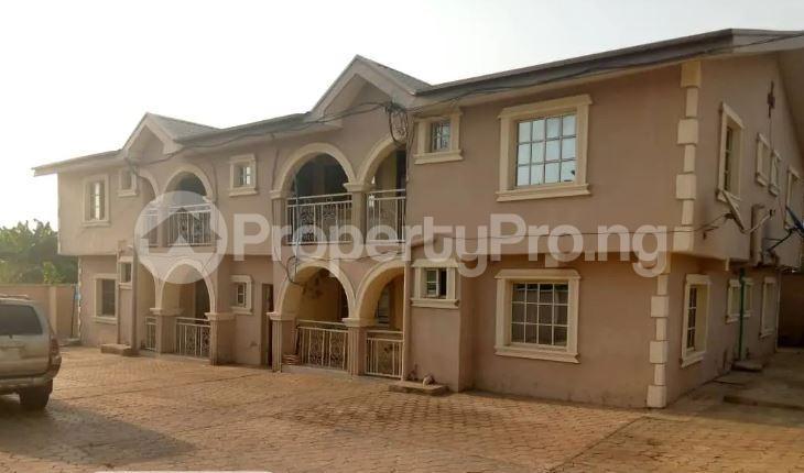 3 bedroom Blocks of Flats for sale Okuta Elerinla Akure Ondo - 1