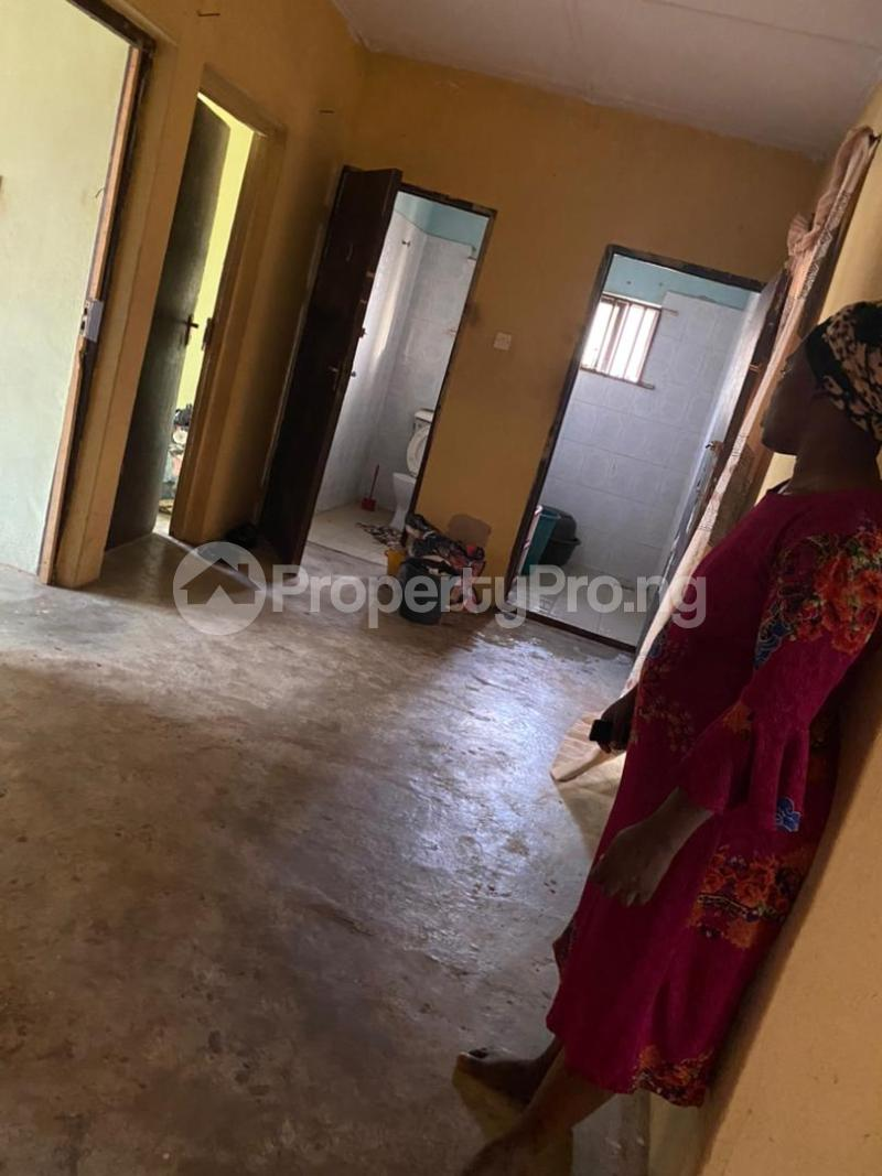 3 bedroom Blocks of Flats House for sale Around Amulet wonderland estate Ayobo Ipaja Lagos - 7