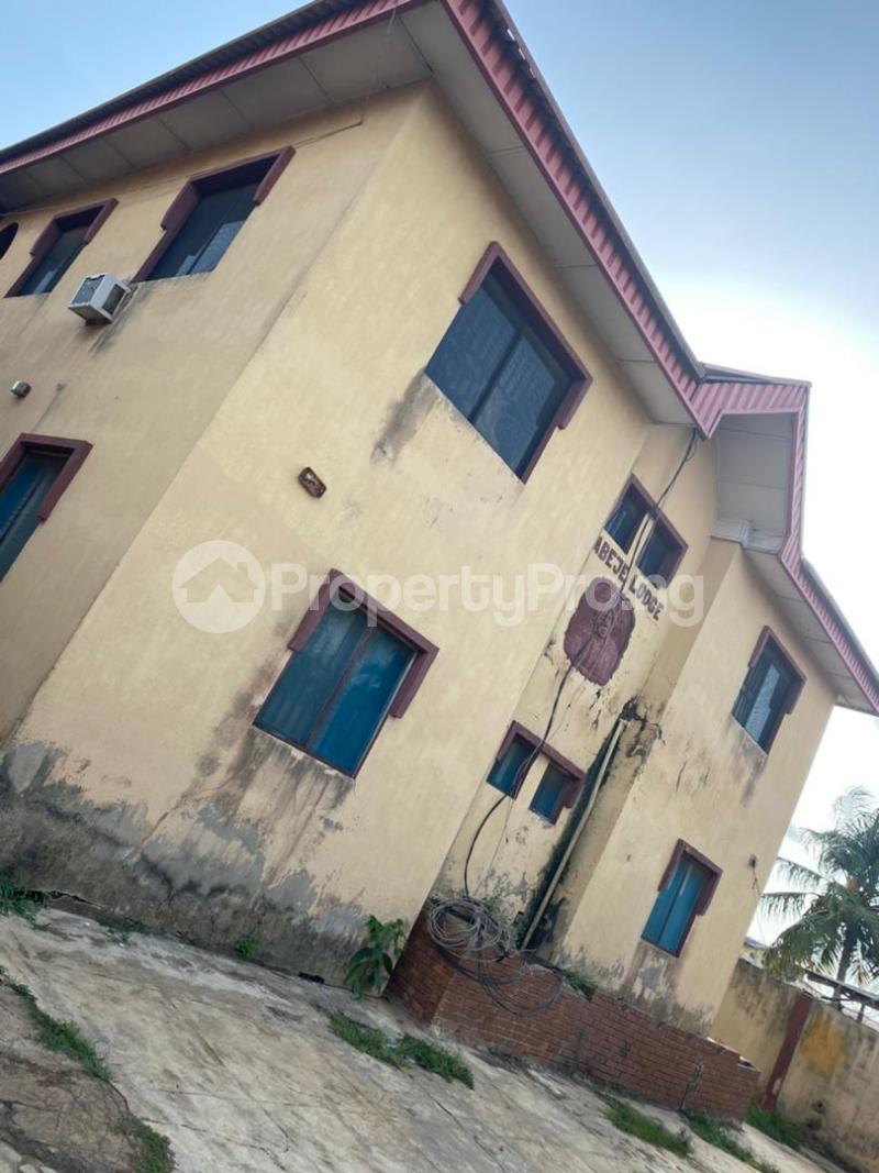 3 bedroom Blocks of Flats House for sale Around Amulet wonderland estate Ayobo Ipaja Lagos - 8