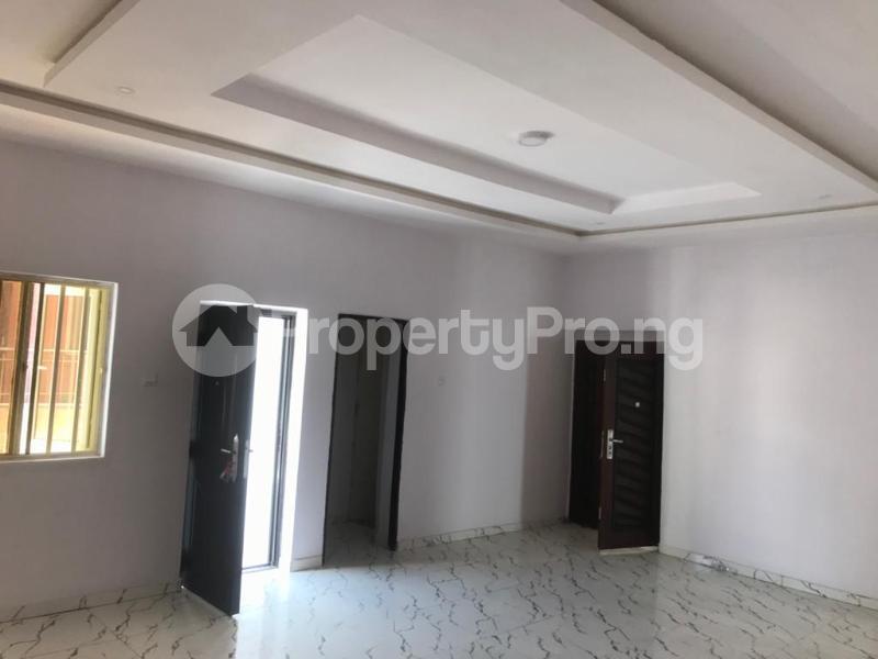 3 bedroom Flat / Apartment for sale BRIDGEGATE ESTATE Agungi Lekki Lagos - 8