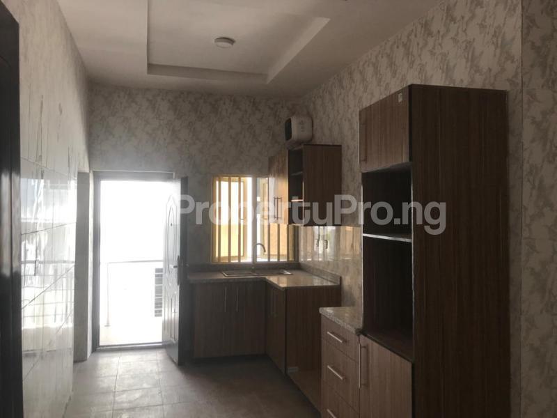 3 bedroom Flat / Apartment for sale BRIDGEGATE ESTATE Agungi Lekki Lagos - 9