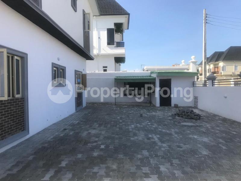 3 bedroom Flat / Apartment for sale BRIDGEGATE ESTATE Agungi Lekki Lagos - 15