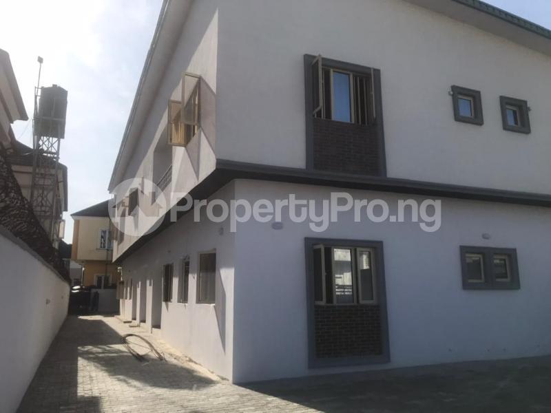 3 bedroom Flat / Apartment for sale BRIDGEGATE ESTATE Agungi Lekki Lagos - 7