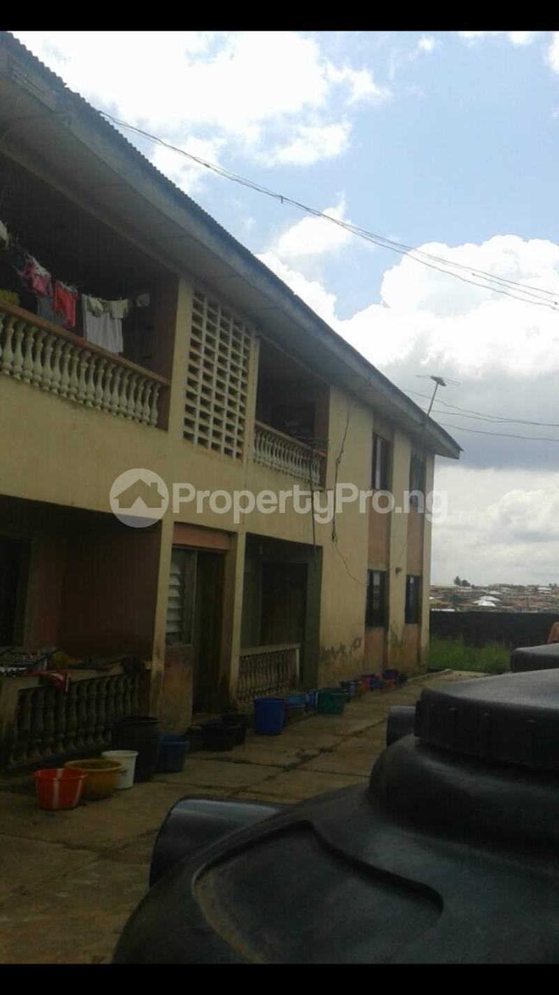 3 bedroom Blocks of Flats for sale Akingbade Area, Old Ife Road Iwo Rd Ibadan Oyo - 0