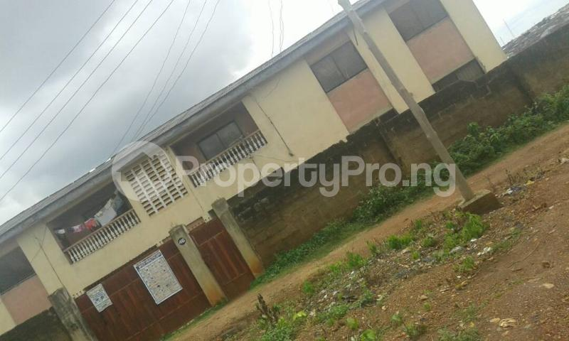 3 bedroom Blocks of Flats for sale Akingbade Area, Old Ife Road Iwo Rd Ibadan Oyo - 1
