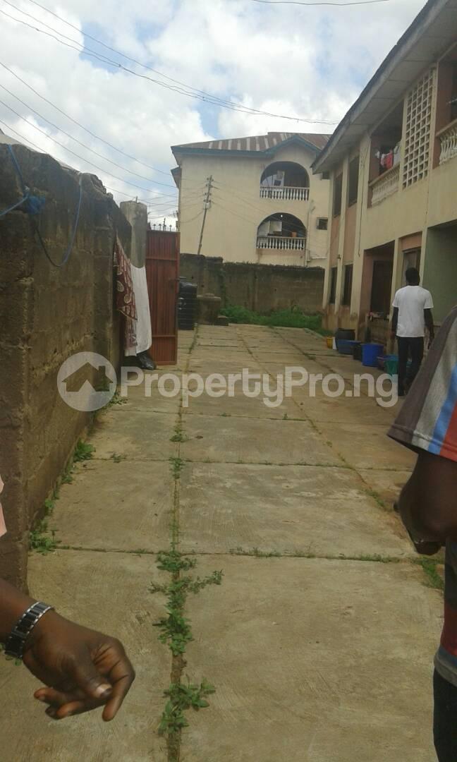 3 bedroom Blocks of Flats for sale Akingbade Area, Old Ife Road Iwo Rd Ibadan Oyo - 3