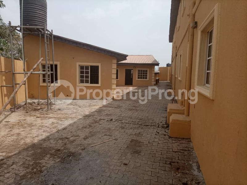 10 bedroom Blocks of Flats House for sale Oluwo Estate Opposite Funaab Gate Campus, Abeokuta. Abeokuta Ogun - 5