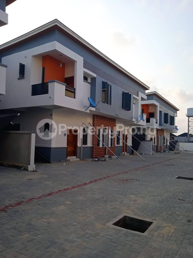 4 bedroom Semi Detached Duplex House for sale chevron Lekki Lagos - 0
