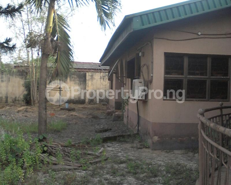 4 bedroom Detached Bungalow House for sale off owutu rd Agric  Agric Ikorodu Lagos - 5