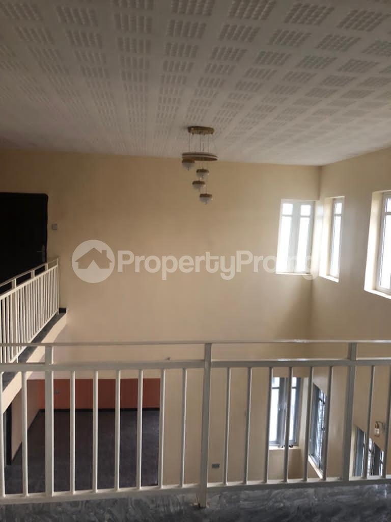 4 bedroom Detached Duplex for sale New Bodija, 3mins To Favors And Aare Bodija Ibadan Oyo - 12