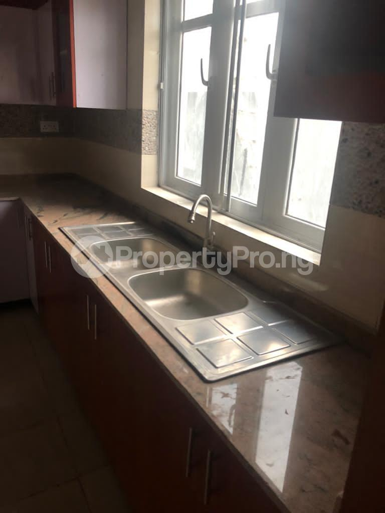 4 bedroom Detached Duplex for sale New Bodija, 3mins To Favors And Aare Bodija Ibadan Oyo - 17