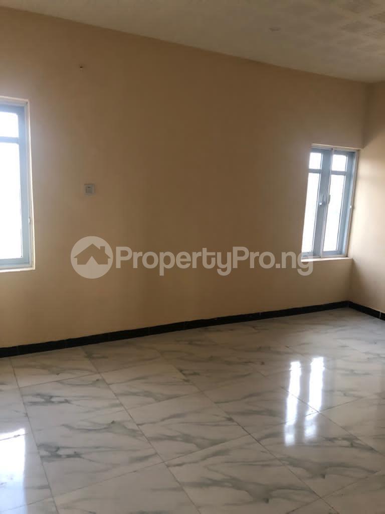 4 bedroom Detached Duplex for sale New Bodija, 3mins To Favors And Aare Bodija Ibadan Oyo - 28
