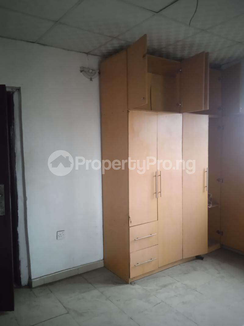 4 bedroom Flat / Apartment for rent Randle Avenue Ogunlana Surulere Lagos - 3