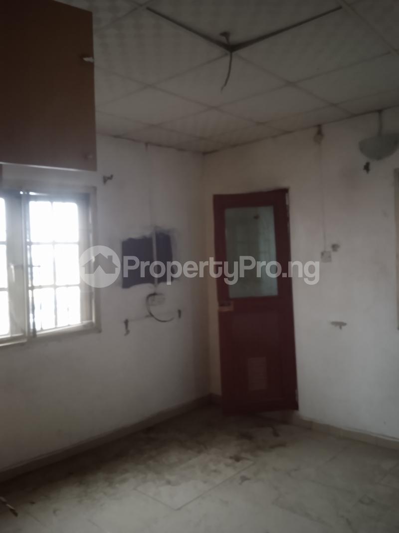 4 bedroom Flat / Apartment for rent Randle Avenue Ogunlana Surulere Lagos - 4