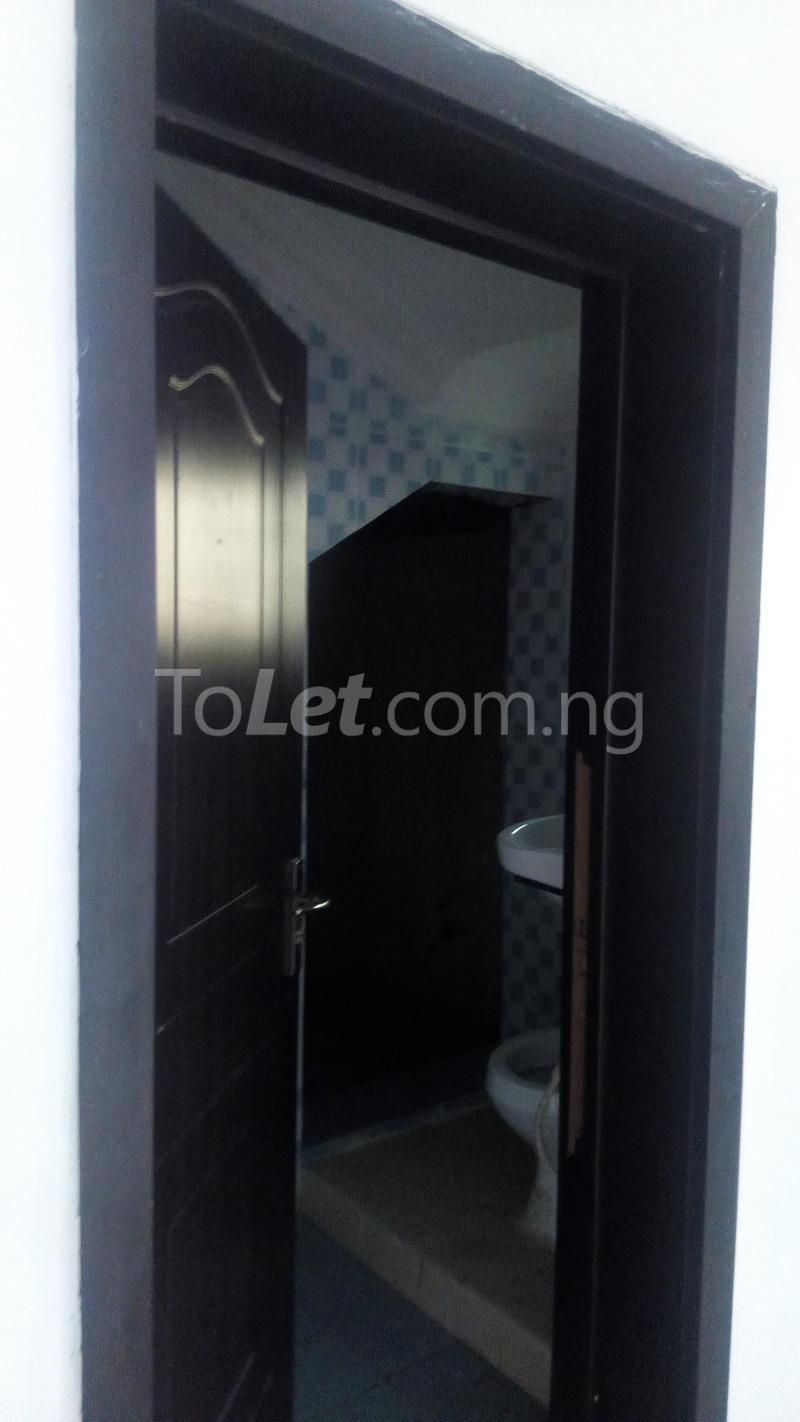 4 bedroom House for rent Ayomi shoprite Monastery road Sangotedo Lagos - 2