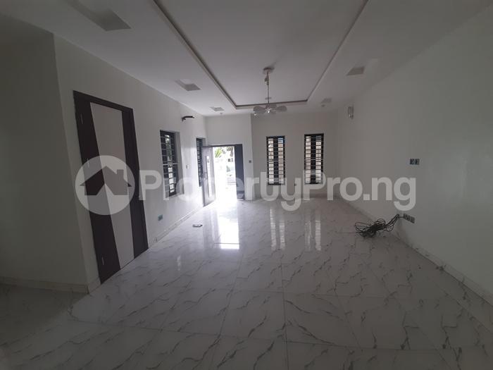 4 bedroom Semi Detached Duplex House for sale agungi lekki Lekki Lagos - 3