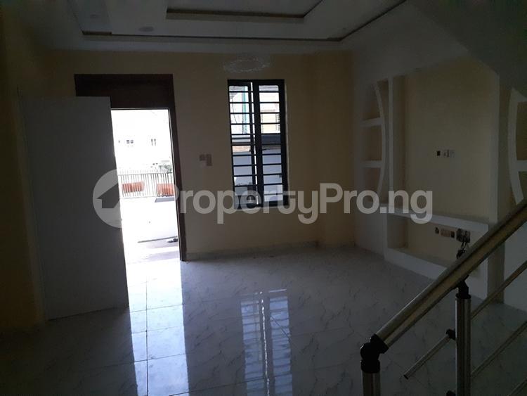 4 bedroom Semi Detached Duplex House for sale chevron lekki chevron Lekki Lagos - 6