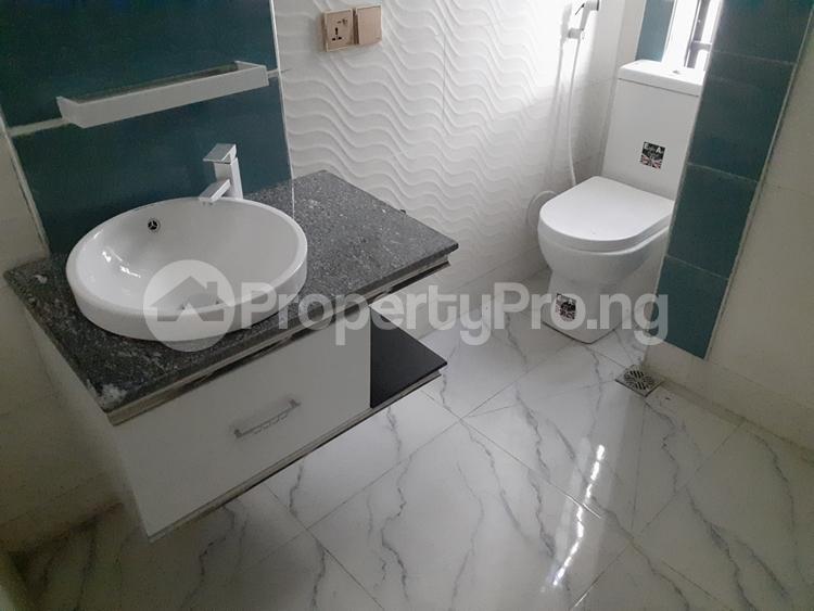 4 bedroom Semi Detached Duplex House for sale chevron lekki chevron Lekki Lagos - 9