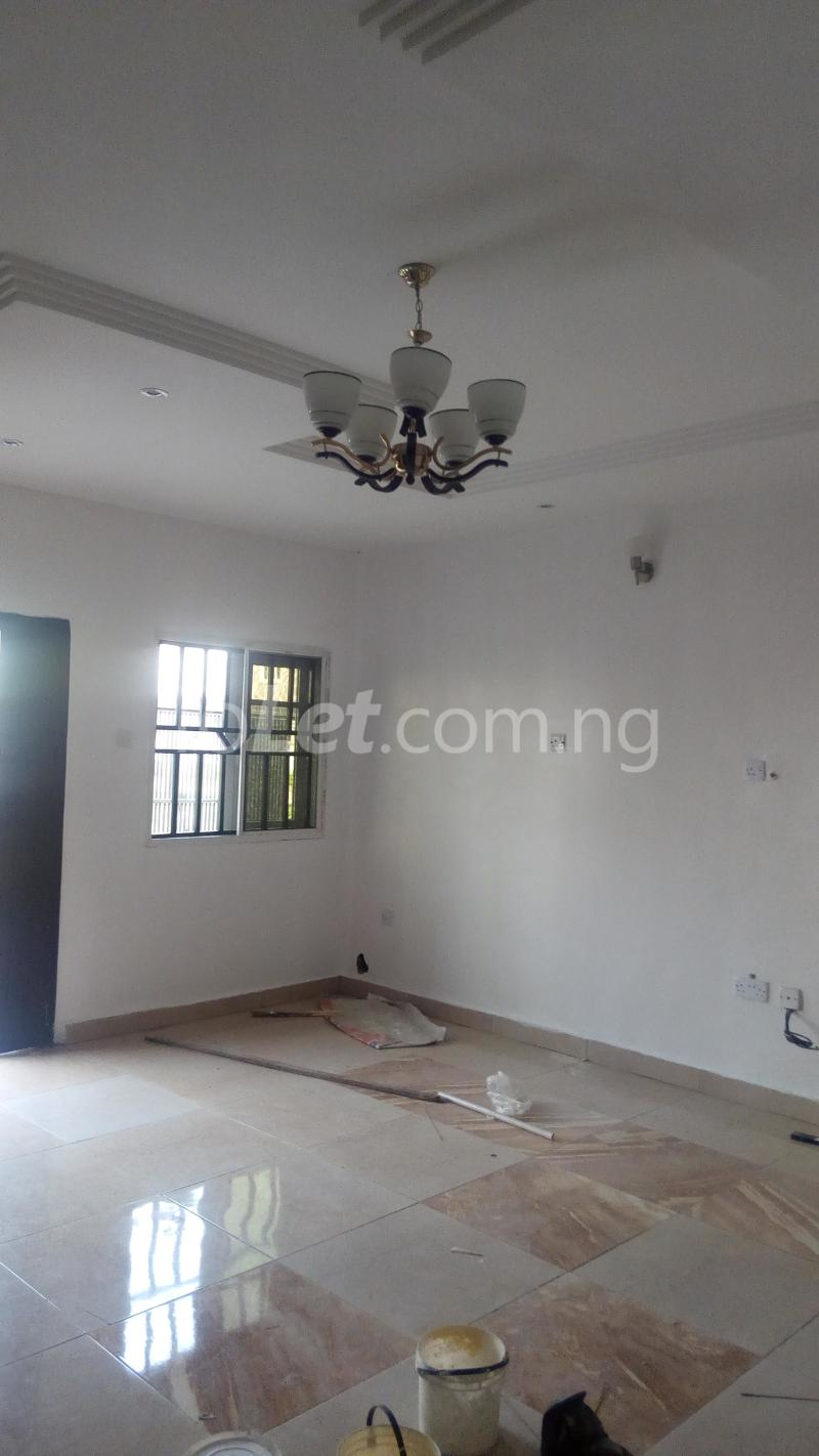 4 bedroom House for rent Ayomi shoprite Monastery road Sangotedo Lagos - 4