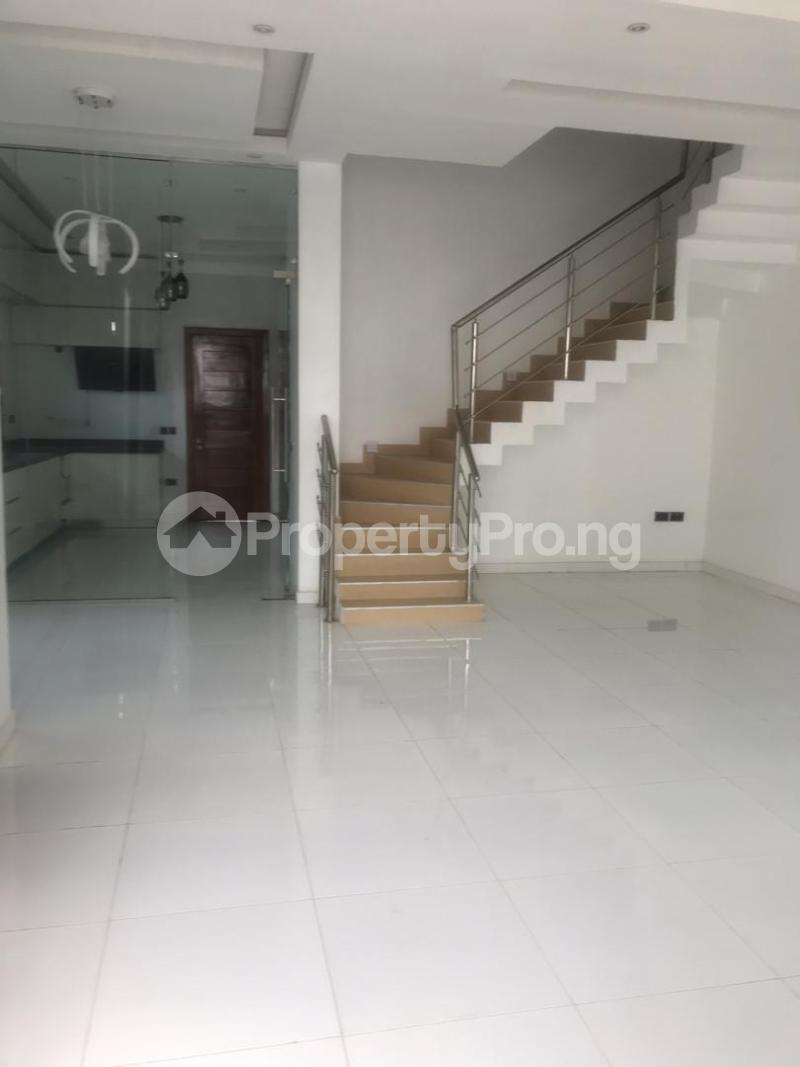 4 bedroom Semi Detached Duplex House for sale Oba Amusa Estate Agungi Lekki Lagos - 8