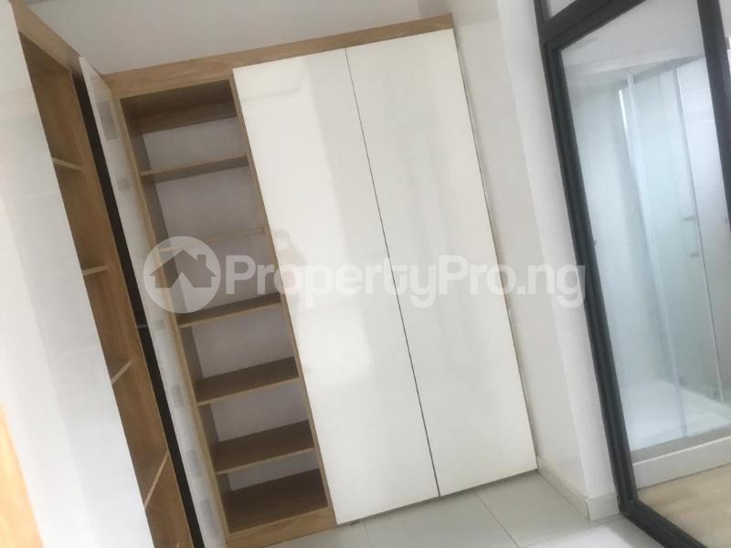 4 bedroom Semi Detached Duplex House for sale Oba Amusa Estate Agungi Lekki Lagos - 3