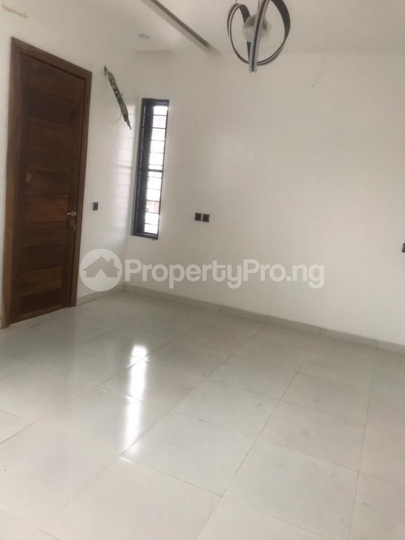 4 bedroom Semi Detached Duplex House for sale Oba Amusa Estate Agungi Lekki Lagos - 0