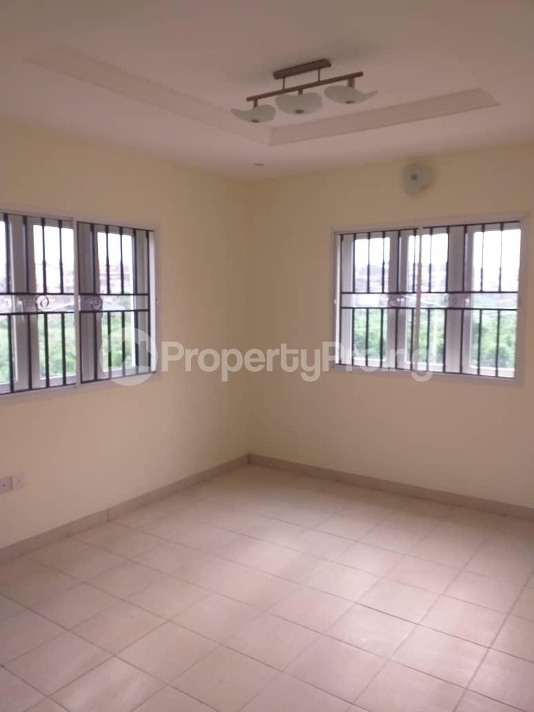 4 bedroom Detached Duplex House for sale Magodo phase 2 Magodo GRA Phase 2 Kosofe/Ikosi Lagos - 2