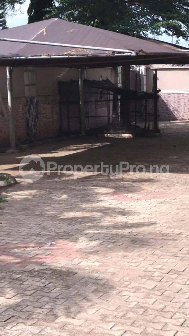 9 bedroom Semi Detached Duplex House for sale Sabo Ikorodu Ikorodu Lagos - 3