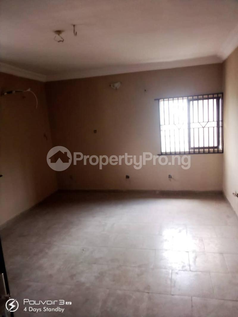 4 bedroom Flat / Apartment for rent Off College Road Inside An Estate Ifako-ogba Ogba Lagos - 10