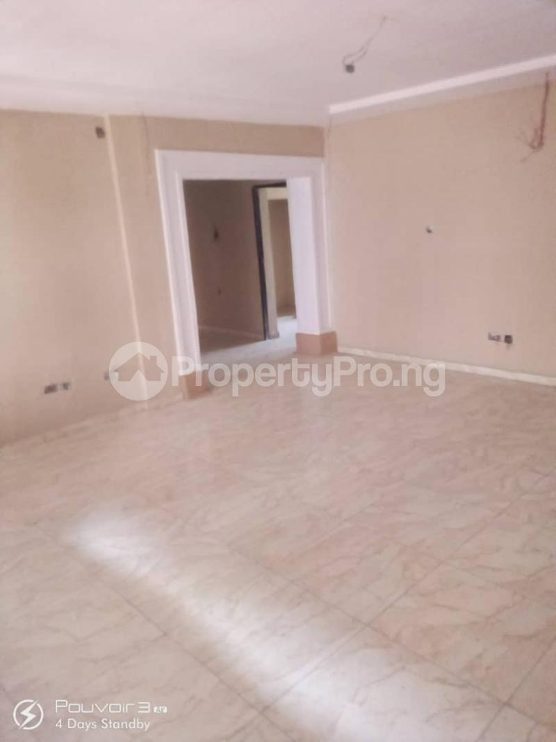 4 bedroom Flat / Apartment for rent Off College Road Inside An Estate Ifako-ogba Ogba Lagos - 3