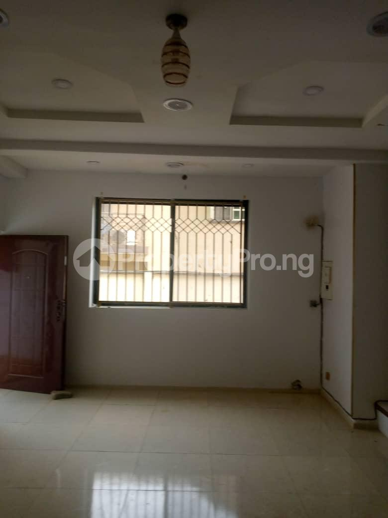 Semi Detached Duplex House for rent Magodo GRA Phase 2 Kosofe/Ikosi Lagos - 1