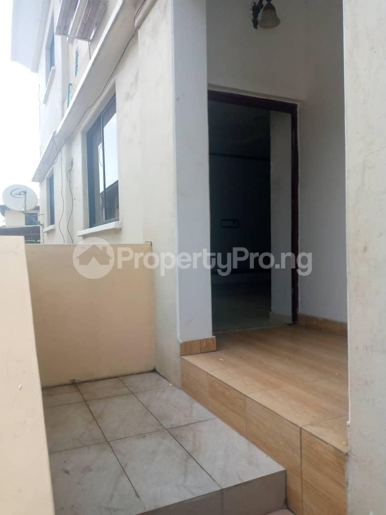 Semi Detached Duplex House for rent Magodo GRA Phase 2 Kosofe/Ikosi Lagos - 11