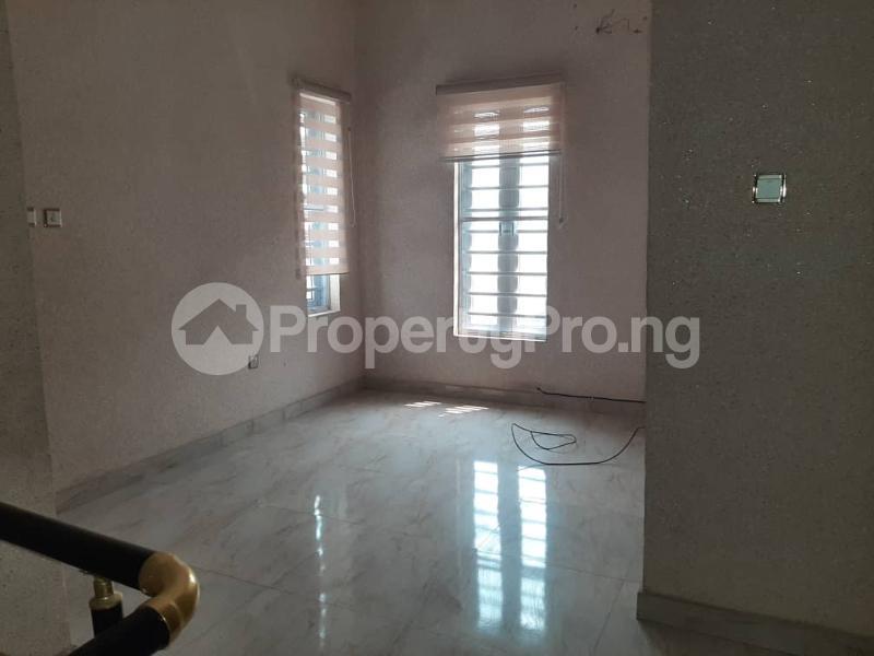 4 bedroom Semi Detached Duplex for sale Southern View Estate chevron Lekki Lagos - 12