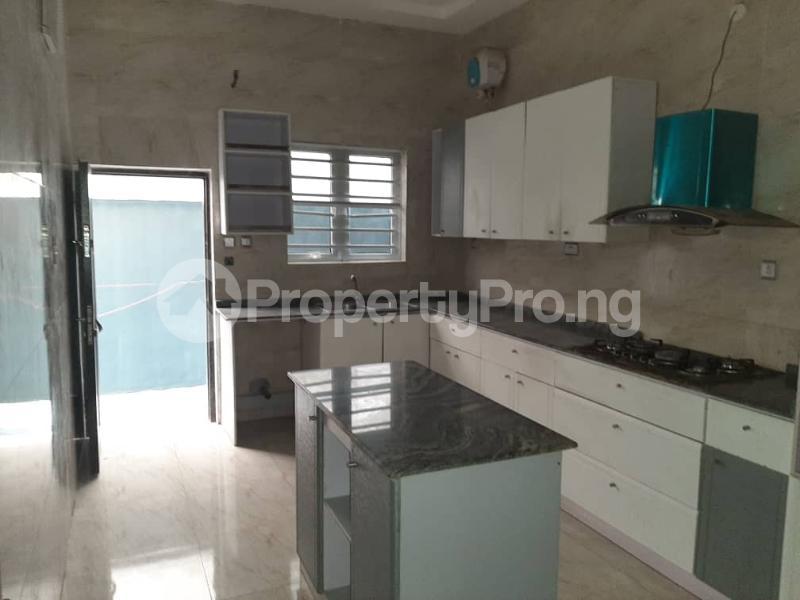 4 bedroom Semi Detached Duplex for sale Southern View Estate chevron Lekki Lagos - 5