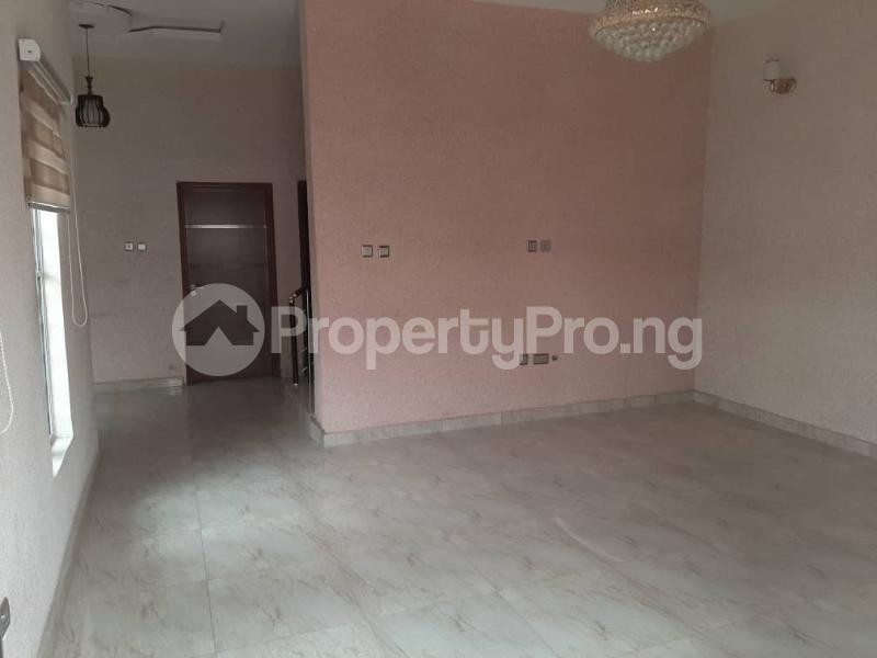 4 bedroom Semi Detached Duplex for sale Southern View Estate chevron Lekki Lagos - 14
