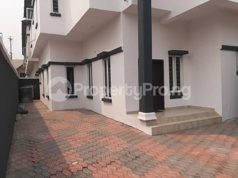 4 bedroom Semi Detached Duplex for sale Southern View Estate chevron Lekki Lagos - 23