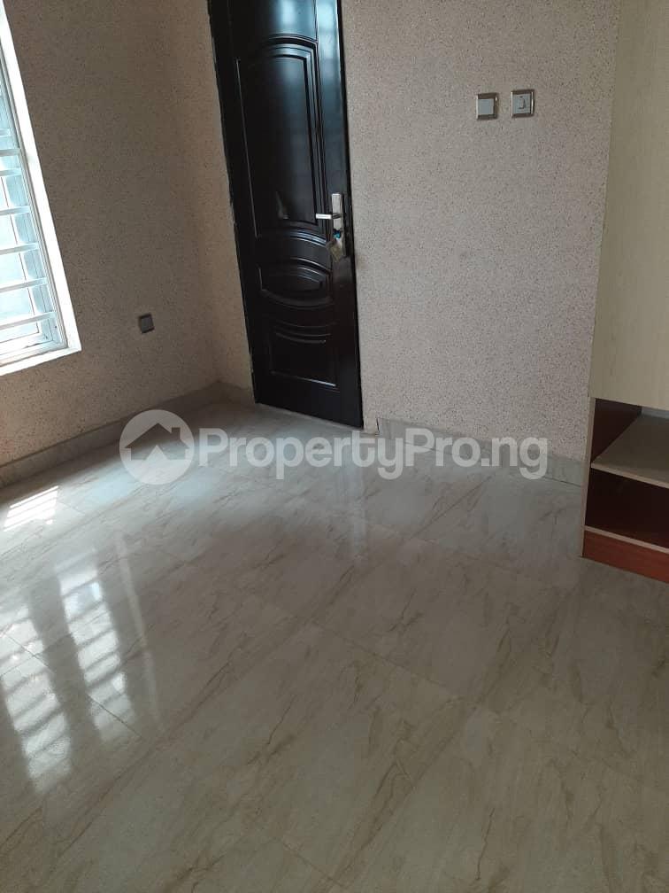 4 bedroom Semi Detached Duplex for sale Southern View Estate chevron Lekki Lagos - 19