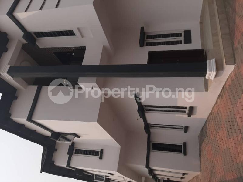 4 bedroom Semi Detached Duplex for sale Southern View Estate chevron Lekki Lagos - 18