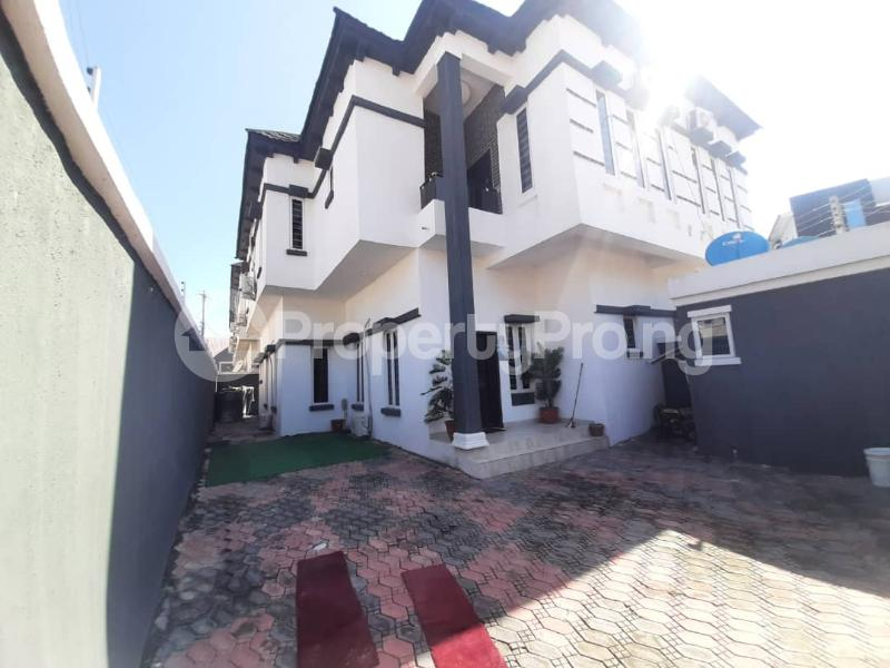 4 bedroom Semi Detached Duplex for sale Southern View Estate chevron Lekki Lagos - 8