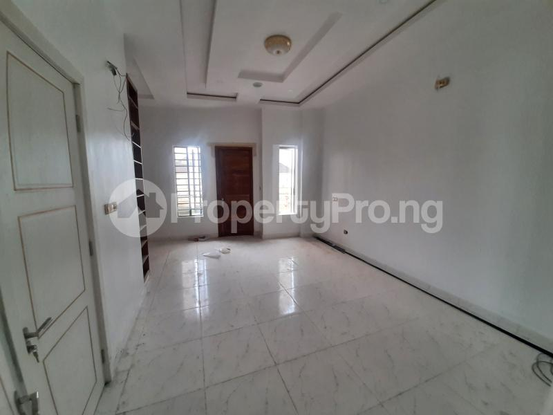 4 bedroom Semi Detached Duplex for sale Off Chevron Drive Lekki chevron Lekki Lagos - 4